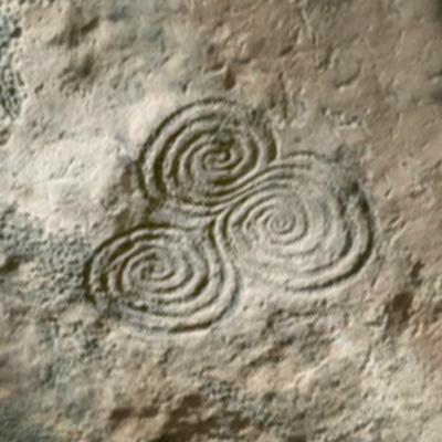 'de drievoudige spiraal' in het logo van Tineke Kolvenbach haptotherapeut